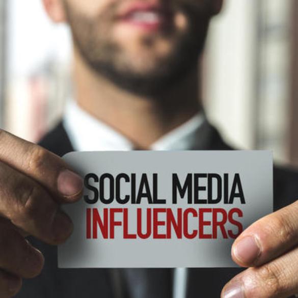 Influencer, social e siti di notizie